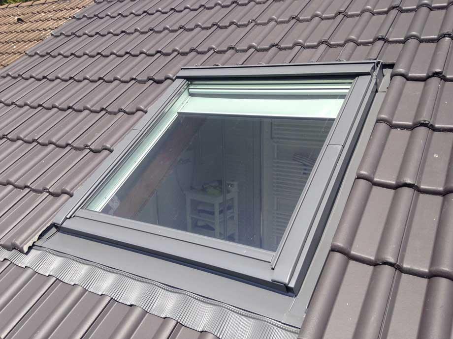 dachfl chenfenster und zubeh r dachdecker firma von sturm rheinbachdachdecker firma von sturm. Black Bedroom Furniture Sets. Home Design Ideas