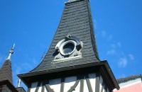 Turmspitze-Schiefer-Dach-Dachdecker-Von Sturm-Faserzement